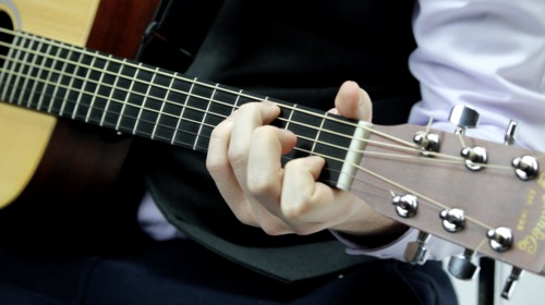 Open Chords and Suspended Chords | Hub Guitar